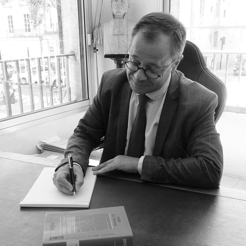 Maitre Arnaud FRON - PFB Avocats